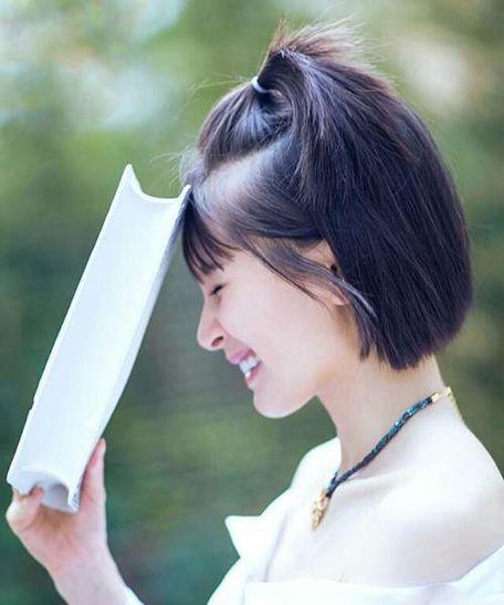 简单易扎的学生头发型步骤